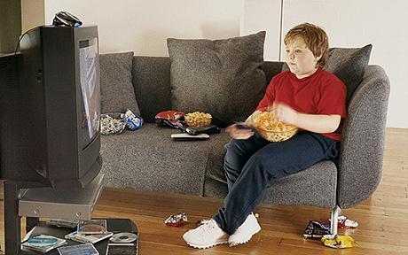tv 1355792c - تماشای زیاد تلویزیون شما را میکُشد