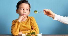156781671 282x150 - ۵ روش برای اینکه فرزندتان به خوردن سبزیجات علاقهمند شود