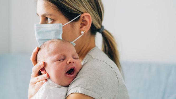 GettyImages 1219032408 header 1024x575 1 - آنچه والدین باید در مورد علائم کرونا در نوزادان بدانند